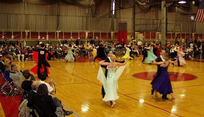 Standard dancing