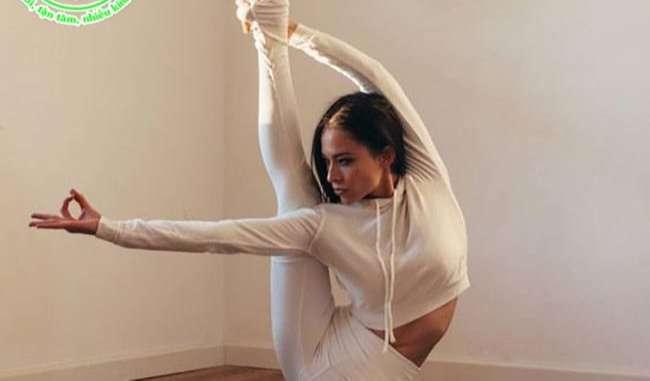 Gia sư dạy yoga