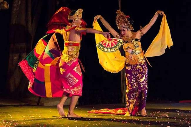 Điệu vũ của người Bali