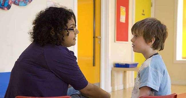 Các hoạt động tăng cường kỹ năng chú ý của trẻ tự kỷ