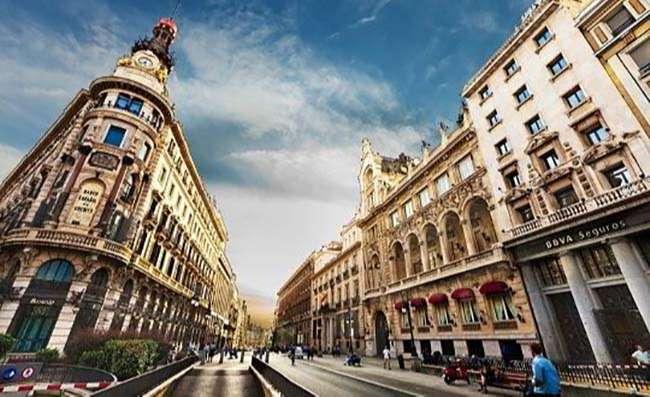Kiến trúc Tây Ban Nha hấp dẫn bởi những nét cổ kính