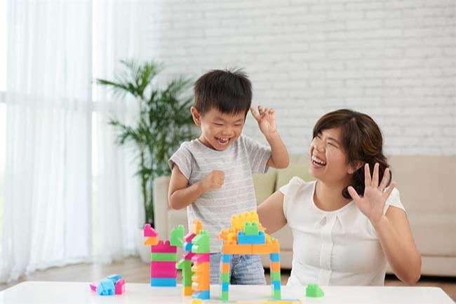 Sử dụng công cụ bằng nhìn để dạy trẻ tự kỷ