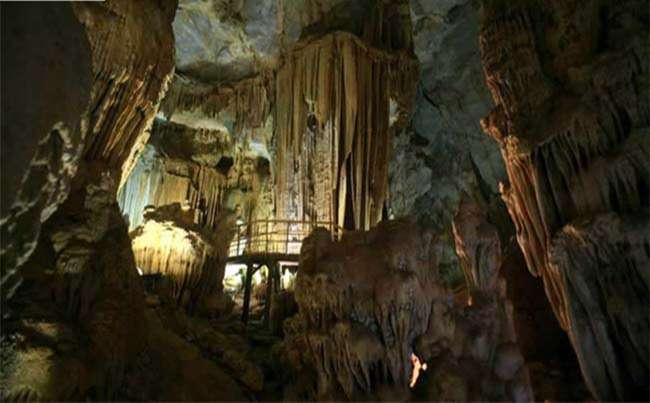 Địa điểm du lịch động Linh Sơn được xếp hạng di tích lịch sử cấp quốc gia năm 1999