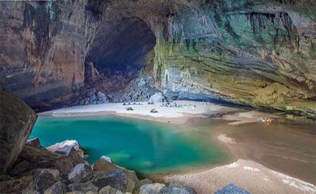 Địa điểm du lịch hang Sơn Đoòng – Hang động tự nhiên lớn nhất thế giới tại Quảng Bình