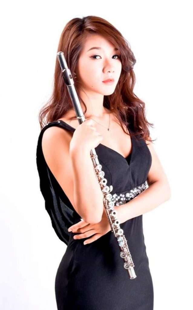 Học cách thổi vào sáo