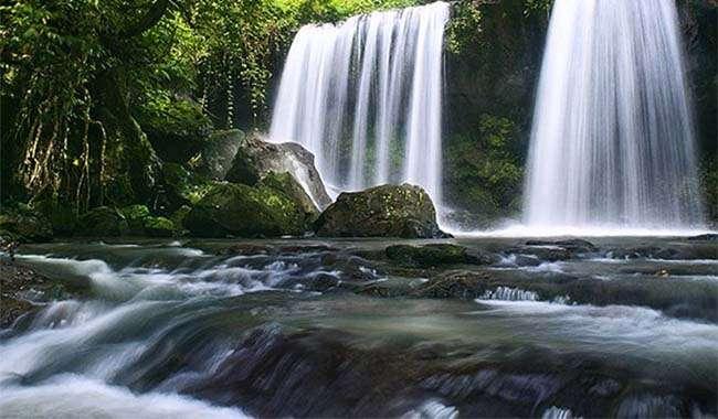 Thác Chênh Vênh – Địa điểm du lịch thu hút những người yêu thiên nhiên thích khám phá