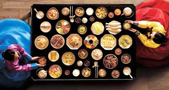 Bữa cơm truyền thống của người Hàn Quốc không thể thiếu được món Kim chi