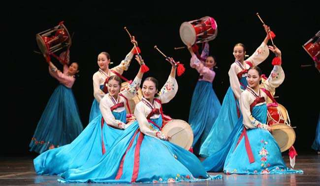 Hanbok - nét văn hóa mang đậm phong cách truyền thống của người Hàn Quốc