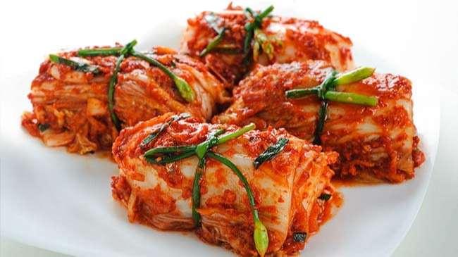Kim chi - món ăn truyền thống trong mỗi bữa cơm gia đình của người Hàn Quốc
