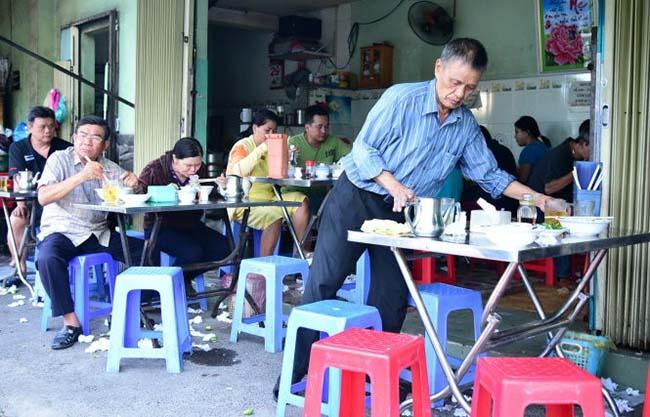 Kinh doanh nhỏ tại nhà với 1 quán hàng ăn