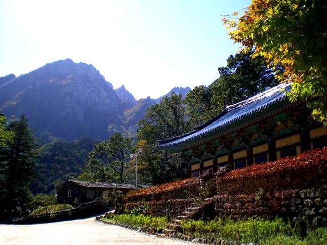 Núi Seoraksan ( 설악산 )