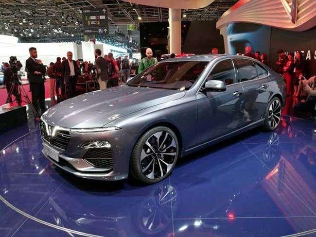 Vinfast khiến thế giới ngạc nhiên tại Triển lãm Paris Motor Show tại Pháp