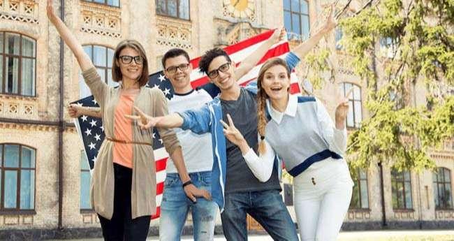 Đi phỏng vấn xin visa du học Mỹ