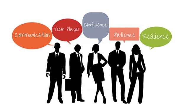 5 kỹ năng mềm quan trọng, giao tiếp – làm việc nhóm – Tự tin – kiên định – giải quyết vấn đề