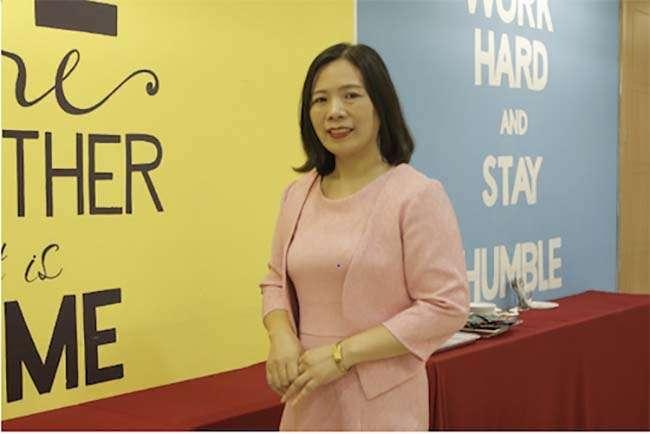 Cô Phạm Thị Thúy Ngọc lưu ý học sinh về kỹ năng phân bổ thời gian làm bài thi