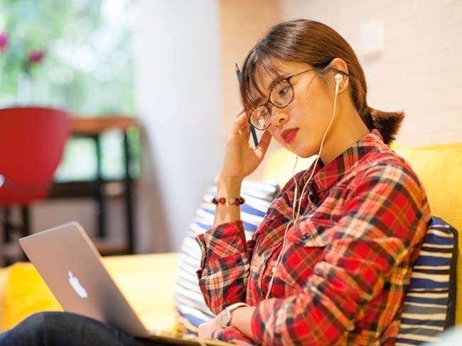 Dạy và học trực tuyến