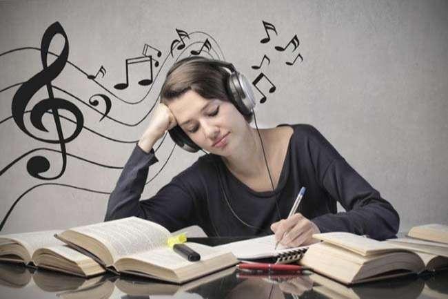 Học tiếng anh cho người đi làm nên cân bằng giữa việc học và thư giãn