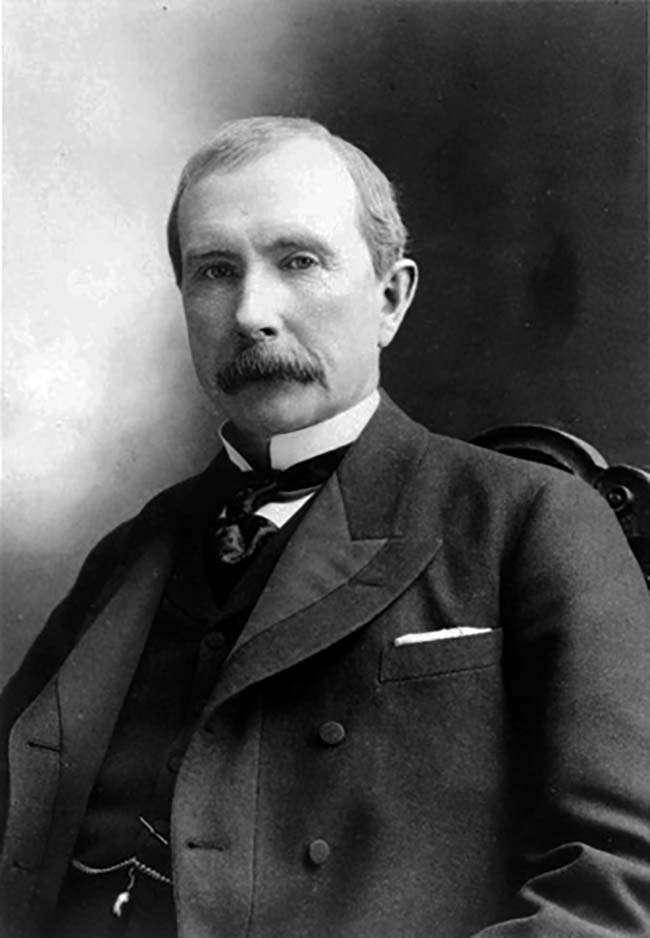 John D. Rockefeller, mệnh danh là trùm dầu mỏ, là người được công nhận là tỷ phú đầu tiên trong lịch sử (năm 1916)
