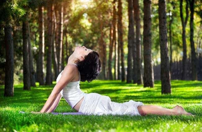 Luyện yoga chính là khai thác những tố chất thần thánh nhất trong lòng của người ta, làm cho tâm hồn tràn đầy tình yêu và niềm vui