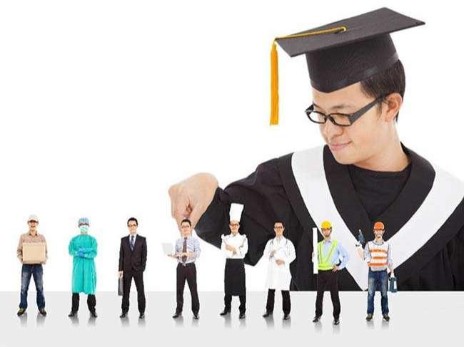 Mô hình giáo dục truyền thống liệu có còn phù hợp khi tỷ lệ làm việc trái ngành ngày càng cao
