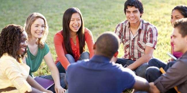 Tận dụng mọi cơ hội để luyện là phương pháp hiệu quả trong việc học tiếng Anh cho người đi làm