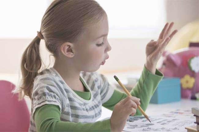 Trẻ nên học toán tư duy sớm, ở giai đoạn não đang phát triển