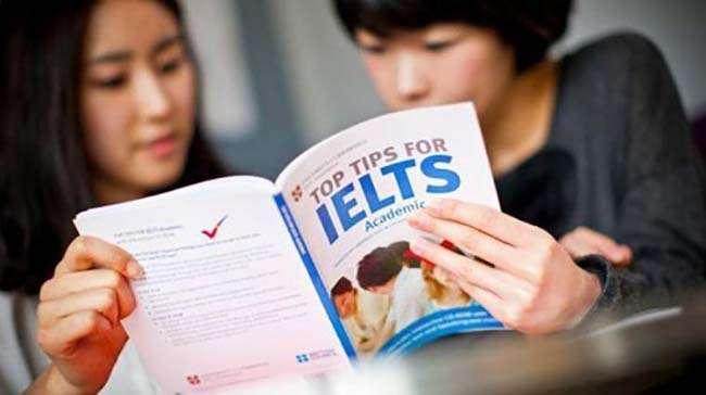 Với những người mới bắt đầu, nên dành 1 tháng đầu tiên để làm quen với tiếng Anh rồi mới tìm hiểu về IELTS