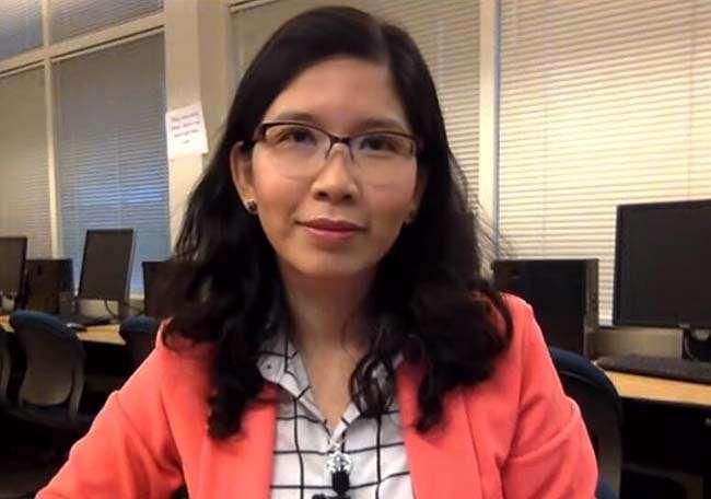 Giáo sư bậc 1 Ellie Phương D. Nguyễn