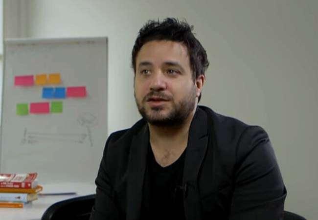 Luca Lampariello thông thạo 13 ngôn ngữ