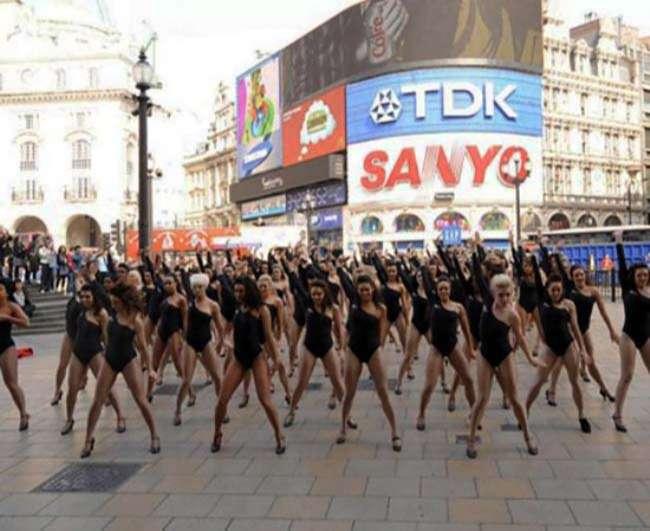 Flashmob nóng bỏng theo phong cách Beyonce